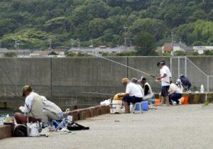 御前崎港西埠頭2号岸壁 釣り