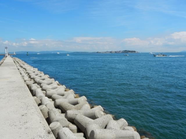 黒部港北防波堤灯台のおススメ釣りポイント